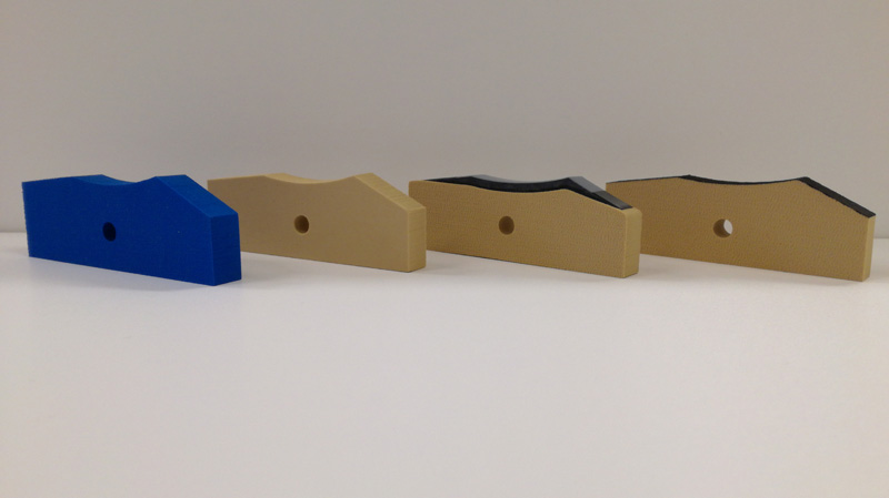 End seals for flexographic closed chamber